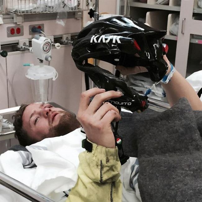 kaza geçiren bisikletçi