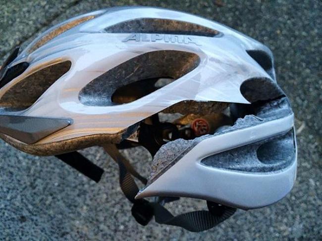 kaza sonrası bisiklet kaskı