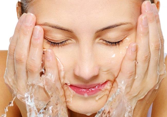 idrarla yüz yıkamak