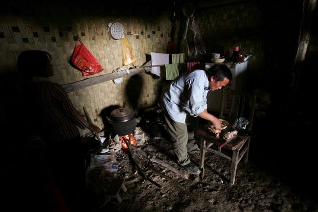 çinde mağarada yaşayan insanlar