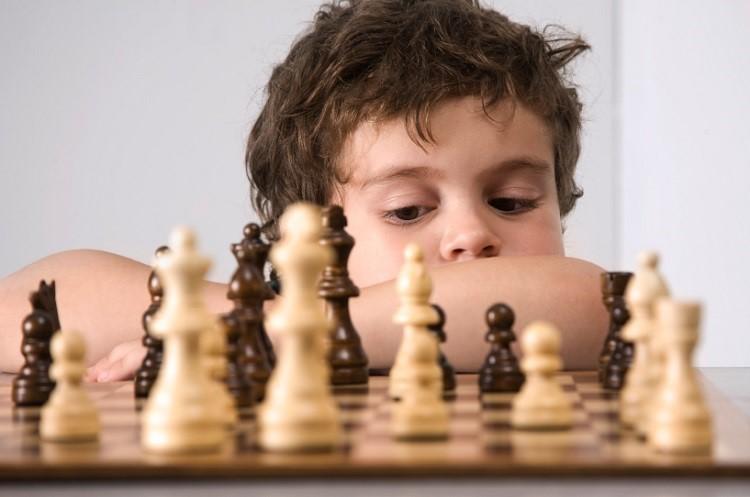 Satranç oynamanın çocuğa faydaları