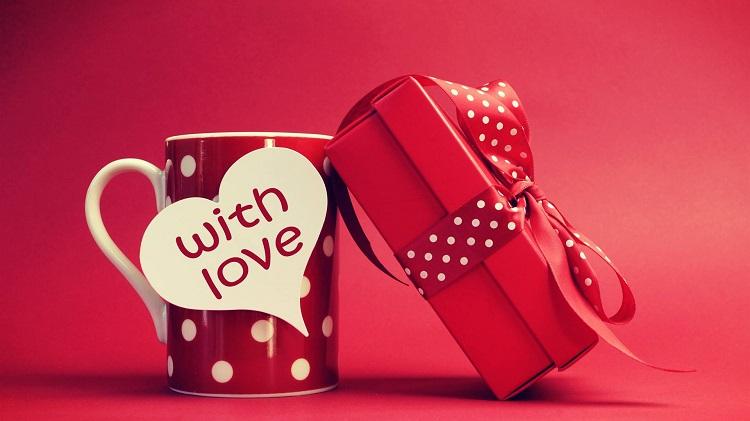 bayan için sevgililer günü hediye alternatifleri