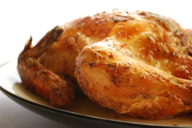 fırında bütün tavuk nasıl pişirilir