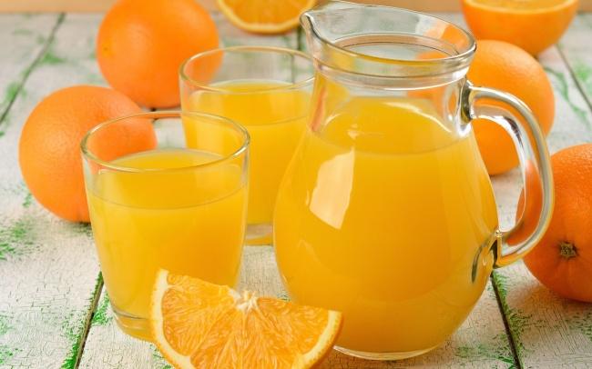 kolay portakal suyu sıkma