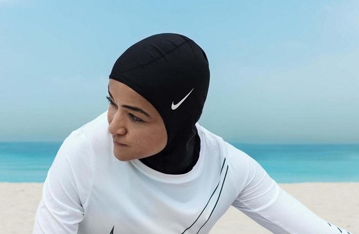 Nike sporcu türbanı