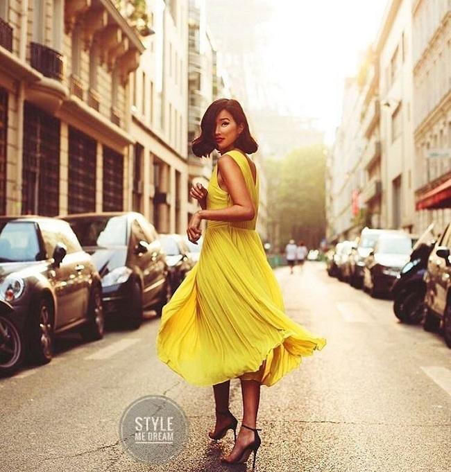 Yeni Sezon Sarı Elbiseler