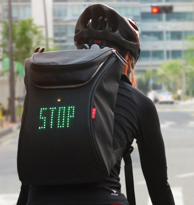 led ekranlı sırt çantası